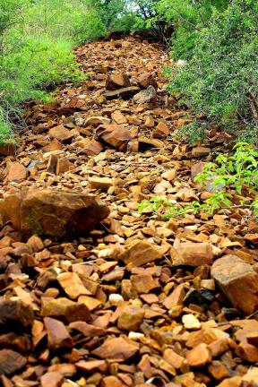 The  row of   Stones